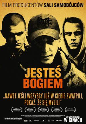Trzej przyjaciele, Magik, Rahim i Fokus, zakładają grupę Paktofonika. Nie podejrzewają, że ich utwory zmienią oblicze polskiego hip-hopu, stając się głosem młodego pokolenia.